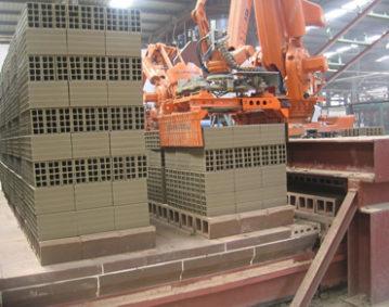 大工人全自动钢带打捆机打捆建材产品